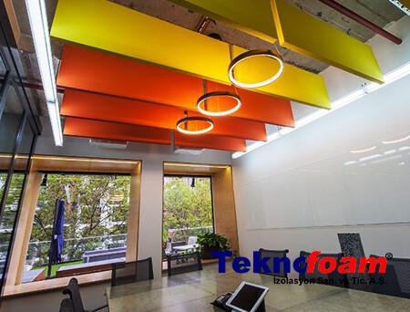 Toplantı Salonu Akustik Tavan Kaplama Paneli